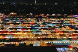 【タイ旅行】ラチャダー鉄道市場を楽しむための完全ガイド!行き方やおすすめの歩き方をご紹介